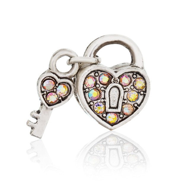 Open heart bead (mother of pearl)