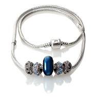 Necklace intrigue